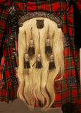 Una escarcela de los montañeses de Escocia escocesa en una falda escocesa antigua Fotos de archivo