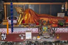 Una escultura de una deidad tailandesa imágenes de archivo libres de regalías