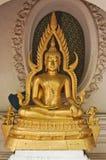 Una estatua de Budda Fotos de archivo libres de regalías