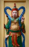 Una estatua de dios en el templo vietnamita Foto de archivo libre de regalías