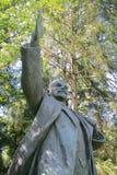 Una estatua de Lenin en parque soviético foto de archivo libre de regalías