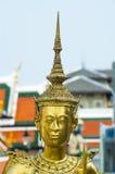 Una estatua en el palacio magnífico, Bangkok imagen de archivo libre de regalías