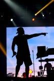 Una a execução Rudimental no palco principal no festival da saída imagens de stock