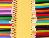 Una exhibición de lápices coloreados Imagen de archivo libre de regalías