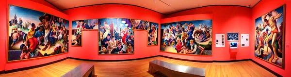 Una exposici?n de arte dentro del museo de New Britain del arte americano fotografía de archivo libre de regalías