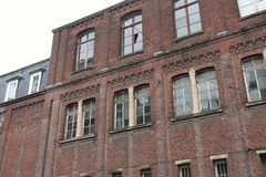 Una fabbrica mattone costruita era chiusa giù a Lille (Francia) Fotografia Stock