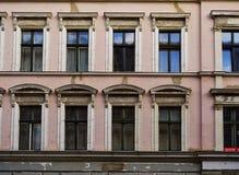 Una facciata di un appartamento di secolo XIX Immagine Stock Libera da Diritti