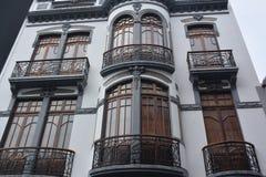 Una fachada decorativa del edificio Imagen de archivo libre de regalías