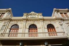 Una fachada decorativa del edificio Fotos de archivo libres de regalías