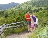 Una famiglia di cinque Fotografia Stock Libera da Diritti