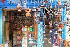Una farmacia locale a Kathmandu, Nepal Fotografie Stock Libere da Diritti