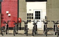 Una fila de bicis Foto de archivo libre de regalías