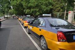 Una fila dei taxi Pechino Cina Immagine Stock