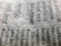 Una fine sull'angolo di uno stile funky e fresco del giornale retro immagini stock libere da diritti
