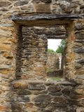 Una finestra ad un altro Fotografie Stock