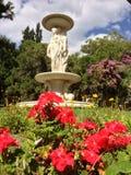 Una fontana di tre tolleranze nel palazzo di patino Fotografia Stock