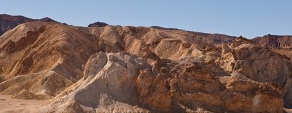 Una formación de roca en el desierto en California Fotos de archivo