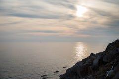 Una foto del mar y de los kajaks imágenes de archivo libres de regalías