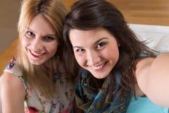 Una foto di due amici Immagine Stock