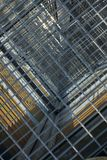 Una gabbia creata dalle piattaforme immagini stock