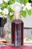 Una garrafa del alcohol foto de archivo libre de regalías