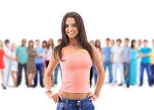 Una giovane donna con il grande gruppo Immagine Stock