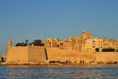 Una gran ciudad vieja en Malta nombró Senglea o Isla en maltés Fotografía de archivo libre de regalías