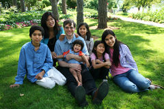 Una grande famiglia di sette Fotografia Stock