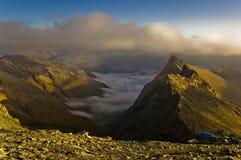 Una grande vista aerea del ghiacciaio di Grossglokner dei due picchi di montagna.   Fotografie Stock Libere da Diritti