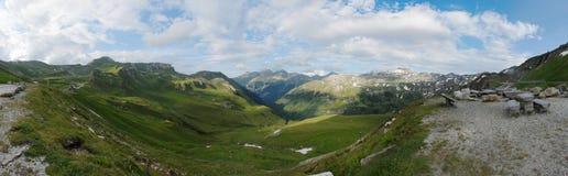 Una grande vista da un punto di osservazione del Grossglockner alto Fotografia Stock