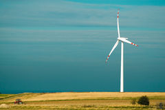 Una granja de viento imagen de archivo libre de regalías