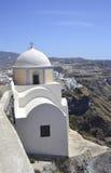 Una iglesia en Fira, Santorini, Grecia Foto de archivo libre de regalías