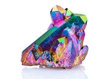 Una imagen aguda extrema de la piedra del racimo del cristal de cuarzo de la aureola del arco iris del titanio tomada con la lent fotos de archivo