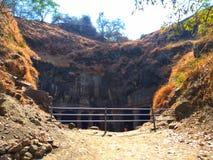 Una imagen de la cueva del exterior, se conoce como cueva de Elephanta imagen de archivo