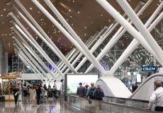 Una imagen de las puertas malasias del depature de un aeropuerto fotografía de archivo