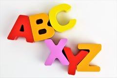 Una imagen del concepto de las letras de ABC con el espacio de la copia Foto de archivo