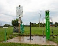 Una instalación fácil de usar para los motoristas en un parque en Ontario meridional imagen de archivo libre de regalías