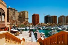 Una isla artificial Perla-Qatar en Doha, Qatar Fotos de archivo libres de regalías