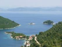 Una isla croata en el mar adriático Imagen de archivo libre de regalías