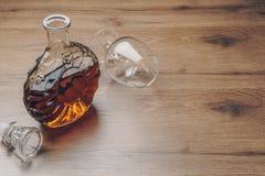 Una jarra del brandy foto de archivo