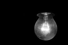 Una lampadina, in bianco e nero Fotografia Stock