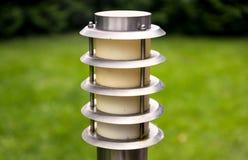 Una lanterna nel giardino Fotografie Stock