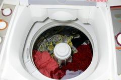 Una lavadora de los clotes fotografía de archivo
