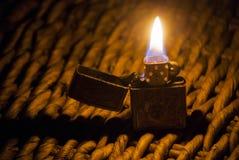 Una luce nel mezzo l'oscurità Fotografia Stock Libera da Diritti