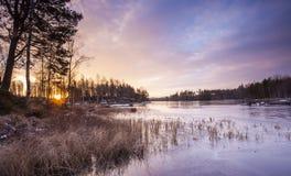 Una mañana colorida en el lago Fotos de archivo libres de regalías
