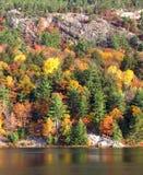 Una mañana de la caída en el lago George Imágenes de archivo libres de regalías