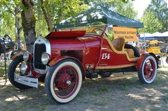 Una macchina da corsa antica, ruscelli, Oregon immagine stock libera da diritti
