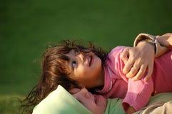 Una madre e una figlia musulmane fotografia stock