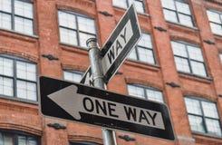 Una manera firma adentro Nueva York Foto de archivo libre de regalías