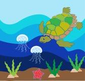 Una mar-tortuga que come las medusas, su de la comida preferida Imagen de archivo libre de regalías